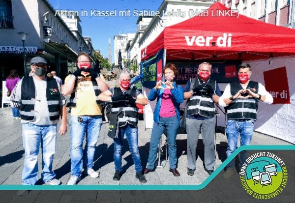Aktion in Kassel mit Sabine Leidig (MdB LINKE)